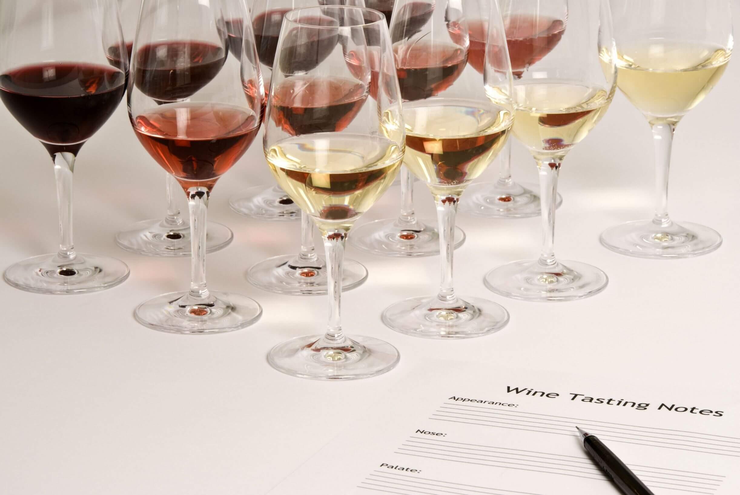 Glazen wijn proeven curus wijnproeven locatie wijnboerderij Soest
